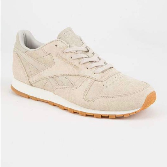 2e09b362d80 Reebok Classic Leather Clean Exotics Shoe